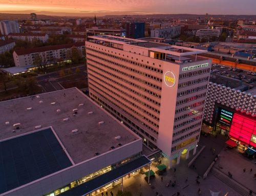 Leuchtwerbung und Außenwerbung für The Student Hotel Dresden