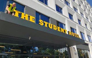 Leuchtbuchstaben Profil 5S The Student Hotel Berlin