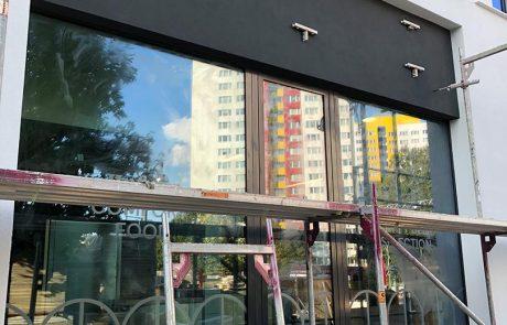 Unterkonstruktion Werbeanlagen Lichtwerbung Schaufenster