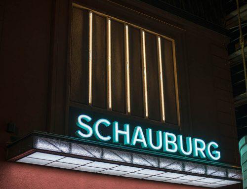 Histrorische Werbetechnik für das Fimtheater SCHAUBURG